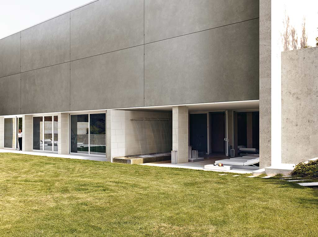 pavimento porcelánico exterior