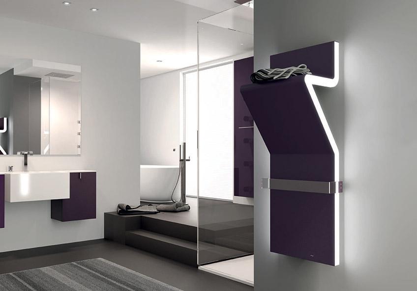 Radiador toallero de dise o azulejos pe a for Radiadores toalleros agua