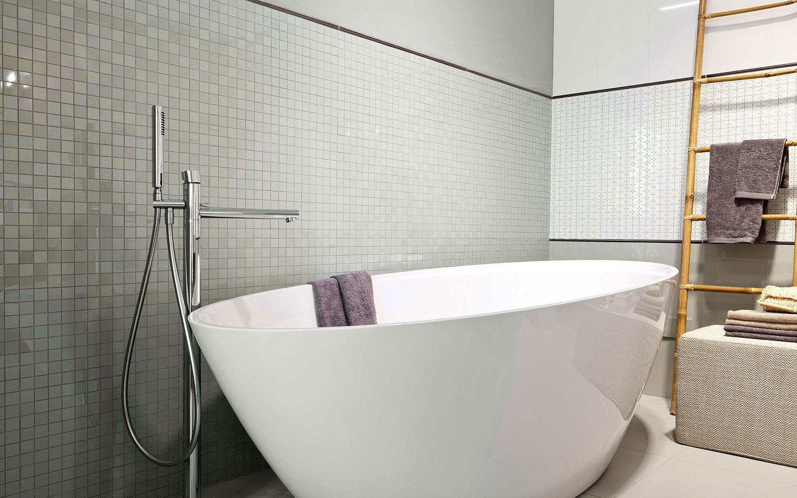 Revestimiento para el ba o azulejos pe a - Azulejos mosaicos para banos ...