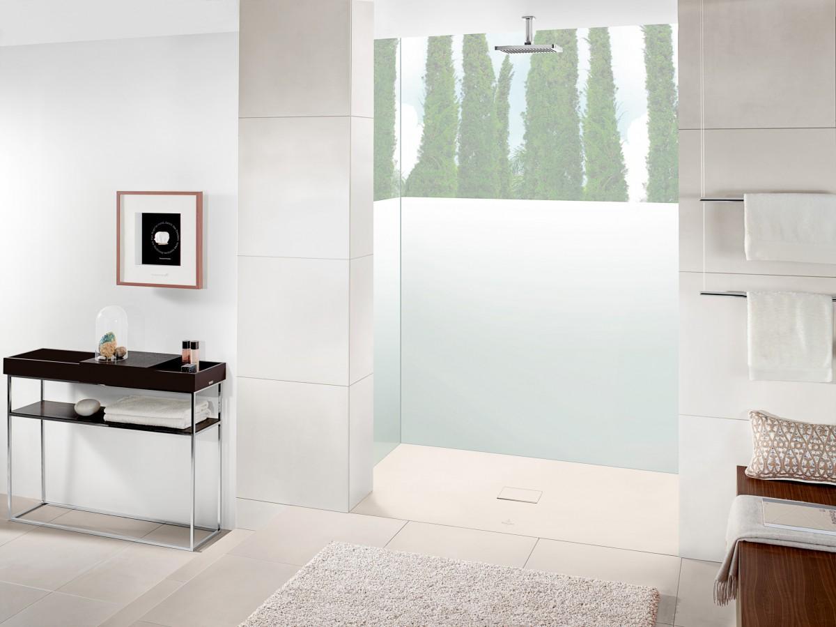 Soluciones de ducha para hoteles azulejos pe a for Diseno de banos con plato de ducha
