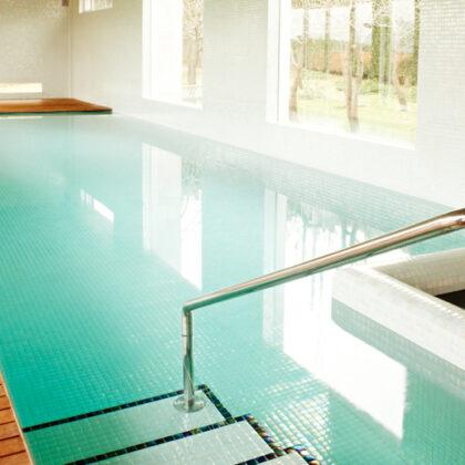 gresite colores piscinas aqualuxe azulejos peña