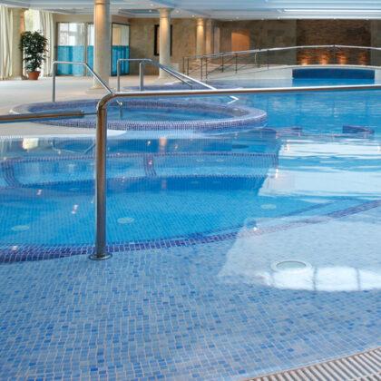 piscinas gresite