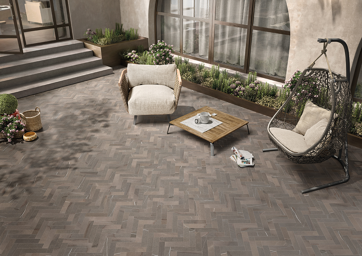 Pavimento exterior para acondicionar la terraza azulejos for Pavimentos para terrazas exteriores