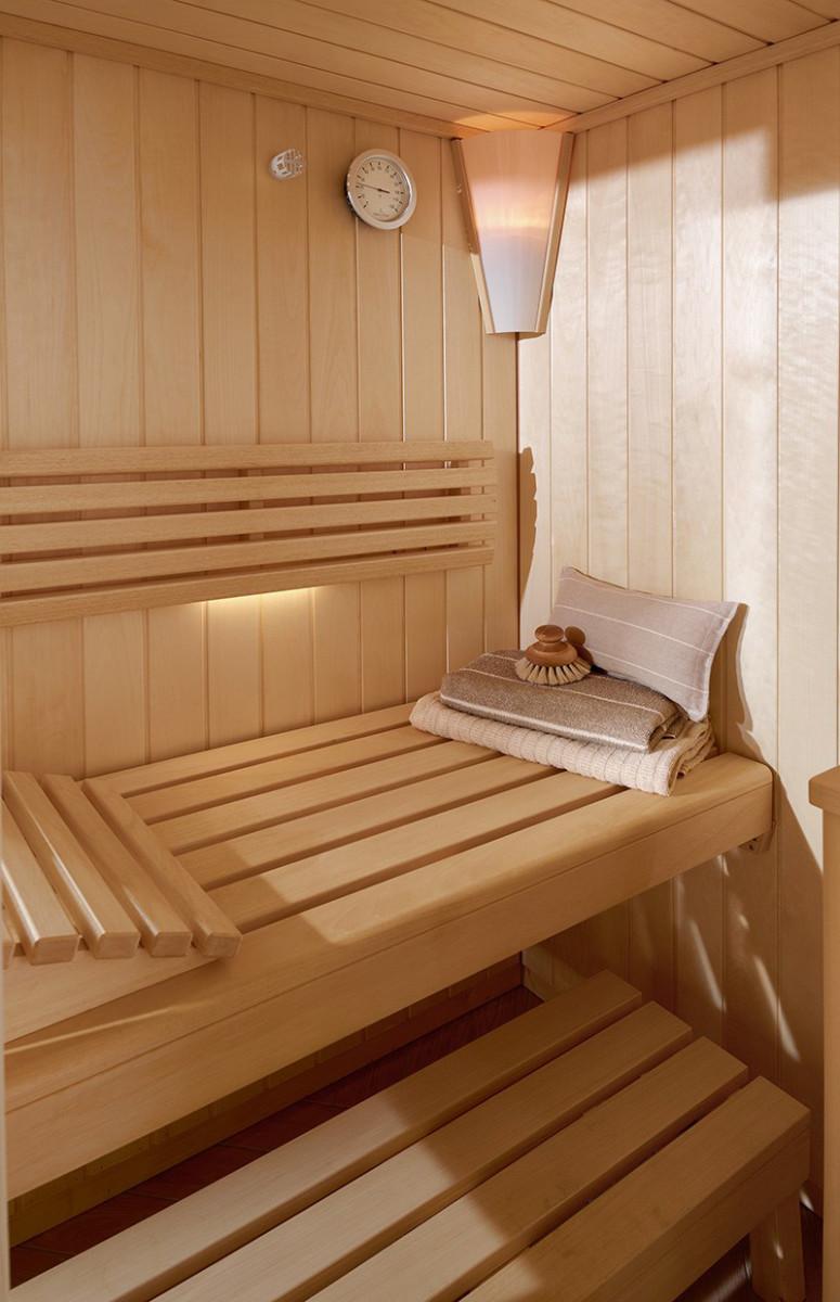 saunas-Vivia-SA-Line-pentagonal-azulejos-pena