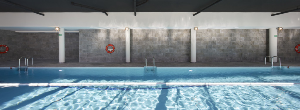 piscina serie mistery