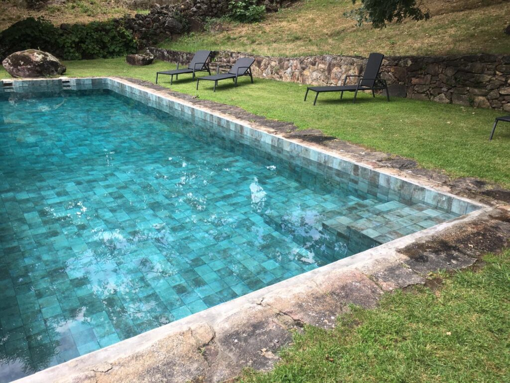 reforma revestimiento de la piscina